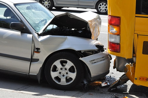 How Head-On Collisions Occur In Car Accidents?