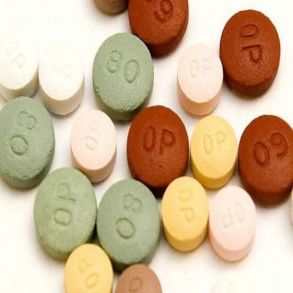 Oxycontin 80mg,Hydrocodone, 30mg IR ritalin,30mg IR adderall, Percs 10mg & 30mg,Morphine, Dilaudid 4mg & 8mg,Xannies, Roxi 30 blues