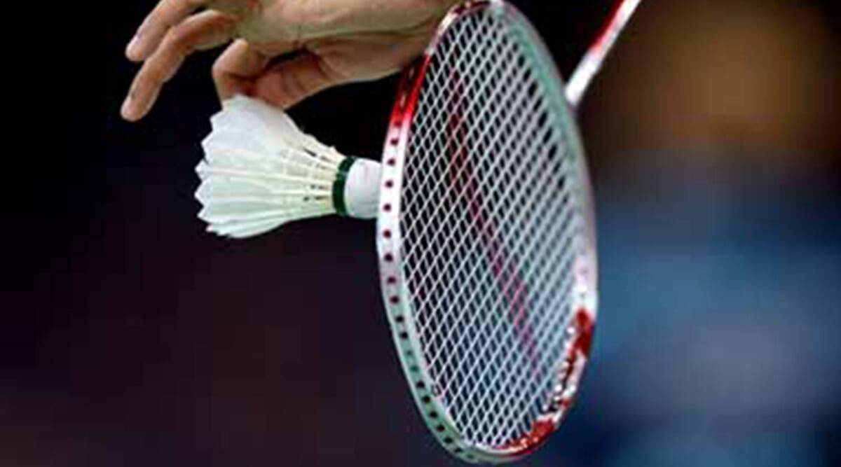 How to avoid injuries while playing badminton