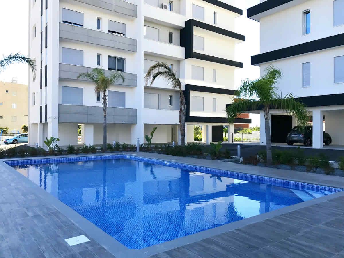 Buy 3 bedroom apartment Limassol
