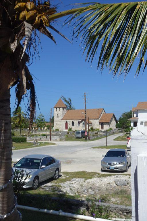Fully Furnished Beach House Cat Island