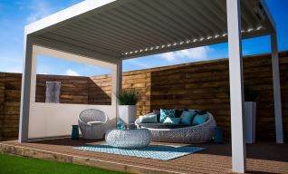 Enjoy Alfresco Living With Open Air Retractable Louvred Roof!