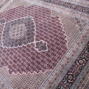 Buy premium designer rugs online in Melbourne