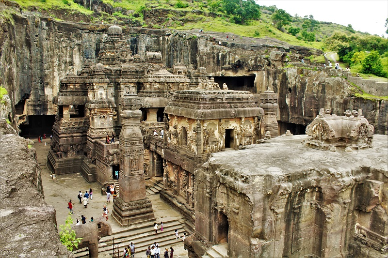 Discover the Beauty of the Ajanta and Ellora Caves