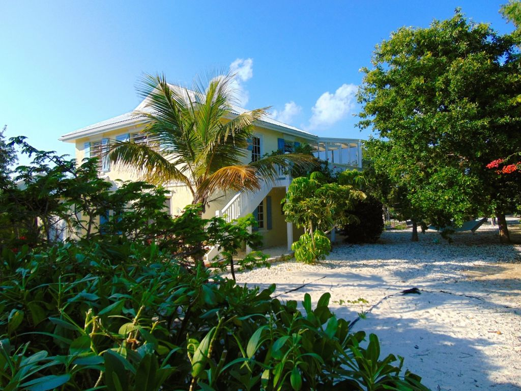 Oceanfront Vacation Cottage Rentals TCI