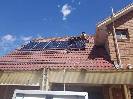 Solar panel installation specialist in Narre Warren
