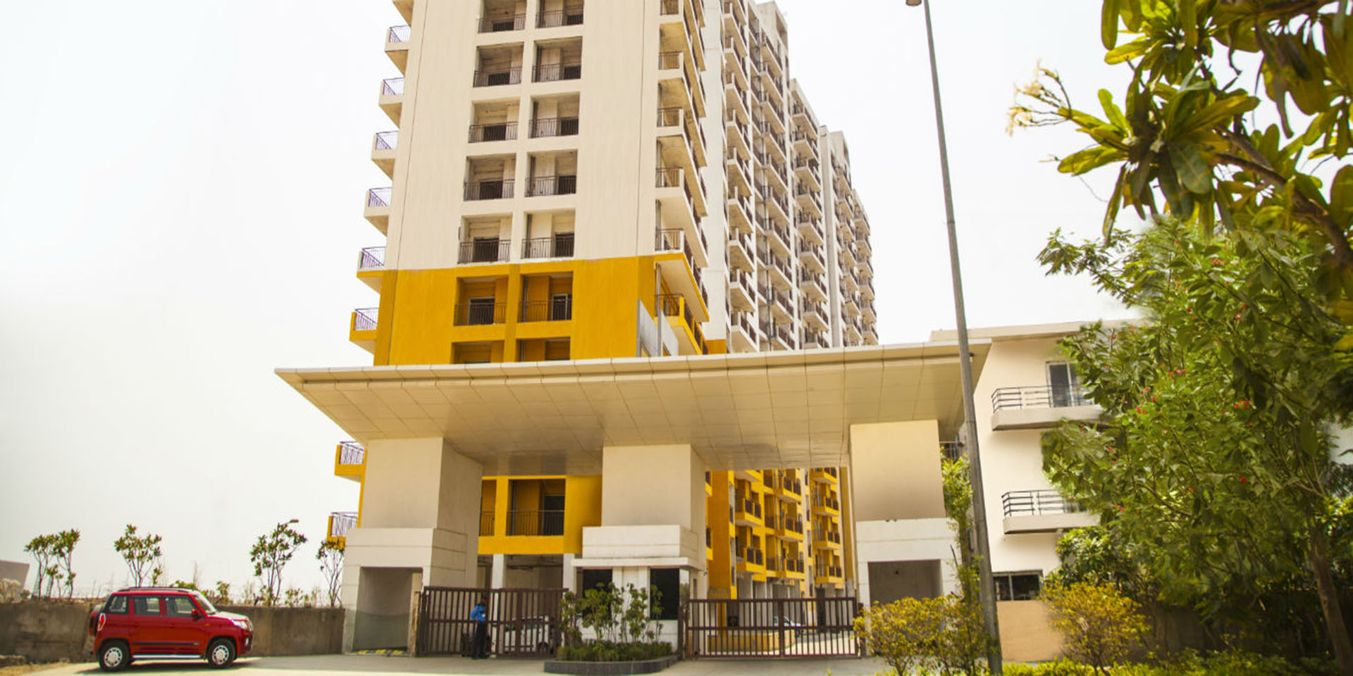 Buy Flats in Greater Noida