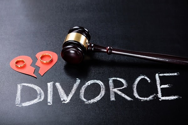 2 Ways to Divorce