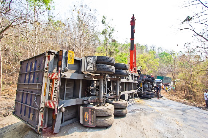Large Trucks Can Cause Severe Injuries