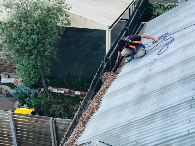 Get Best Gutter Cleaning in Melbourne by Himalayas Services Group