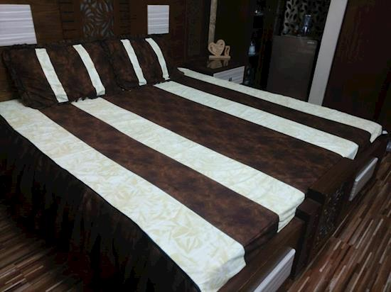 Umiar Bed Sheets