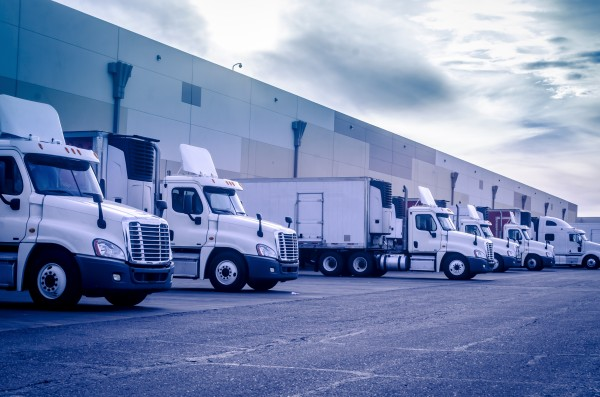 Safety Tips for Sharing the Road with Semi Trucks