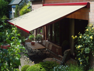 The Retractable Awnings Sydney Prices are Low at Sydney Sunscreens! Buy Now