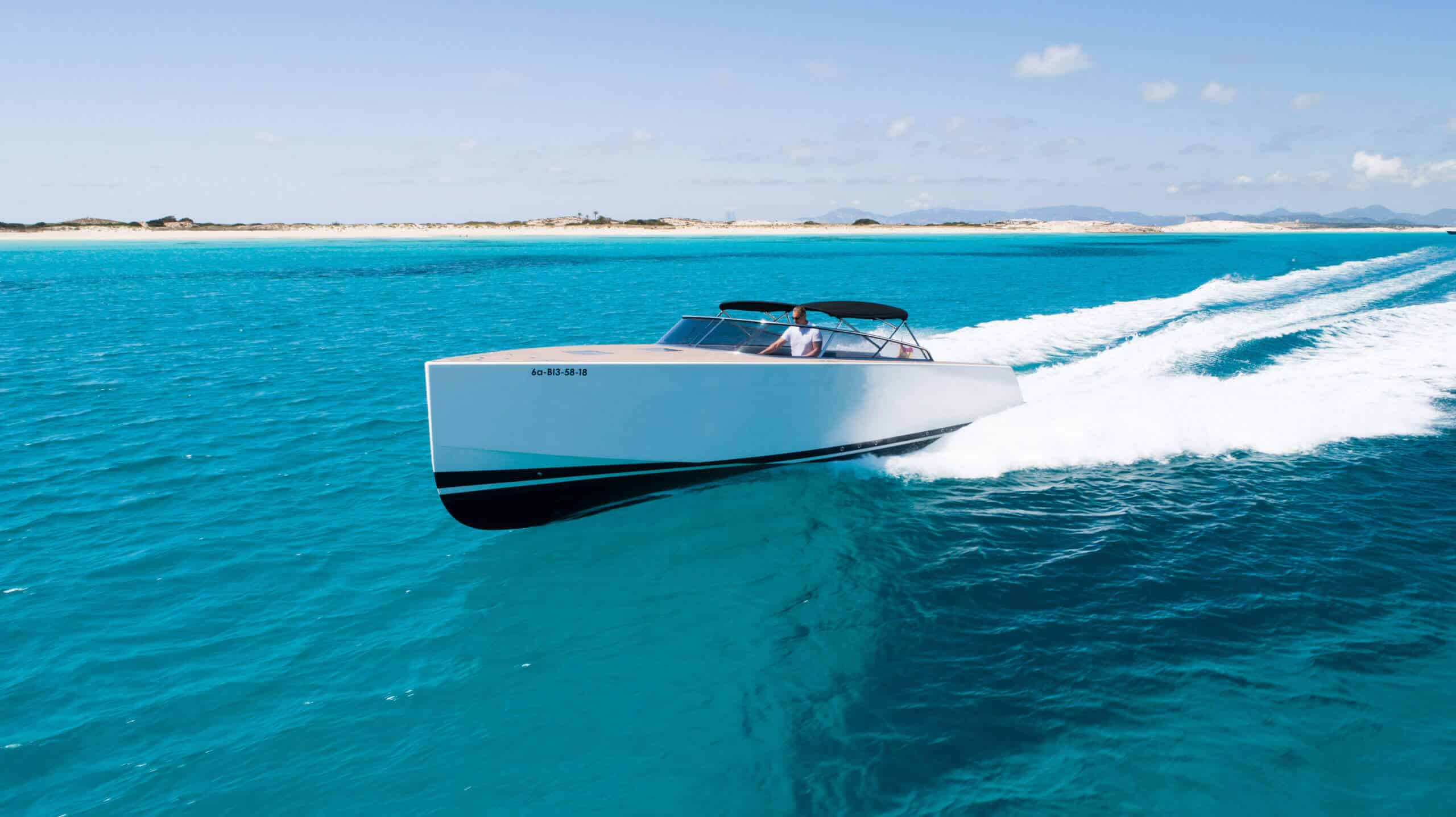 Private Boat Party? Get Hire or Book Luxury Yacht for Party Ibiza! Ibiza VIP Area