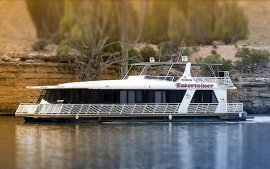 Hire Quality Houseboat in SA with Foxtale Houseboats
