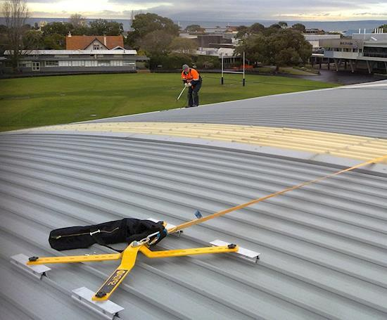 Professional Roof Gutter Cleaning in Melbourne