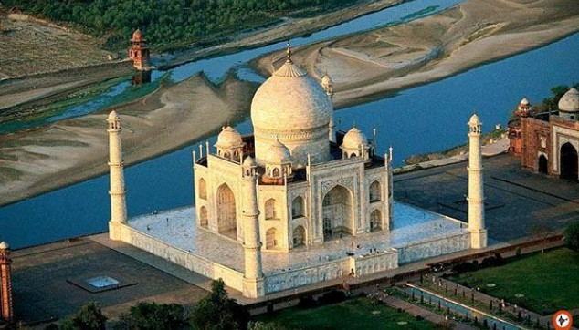 Explore The Seventh Wonder of The World Taj Mahal