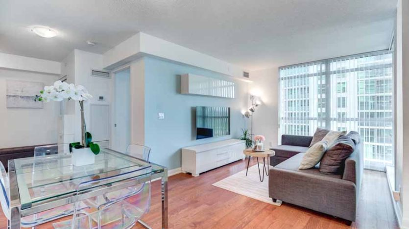 Outstanding 2-Bedroom 2-Bathroom Corner Unit!