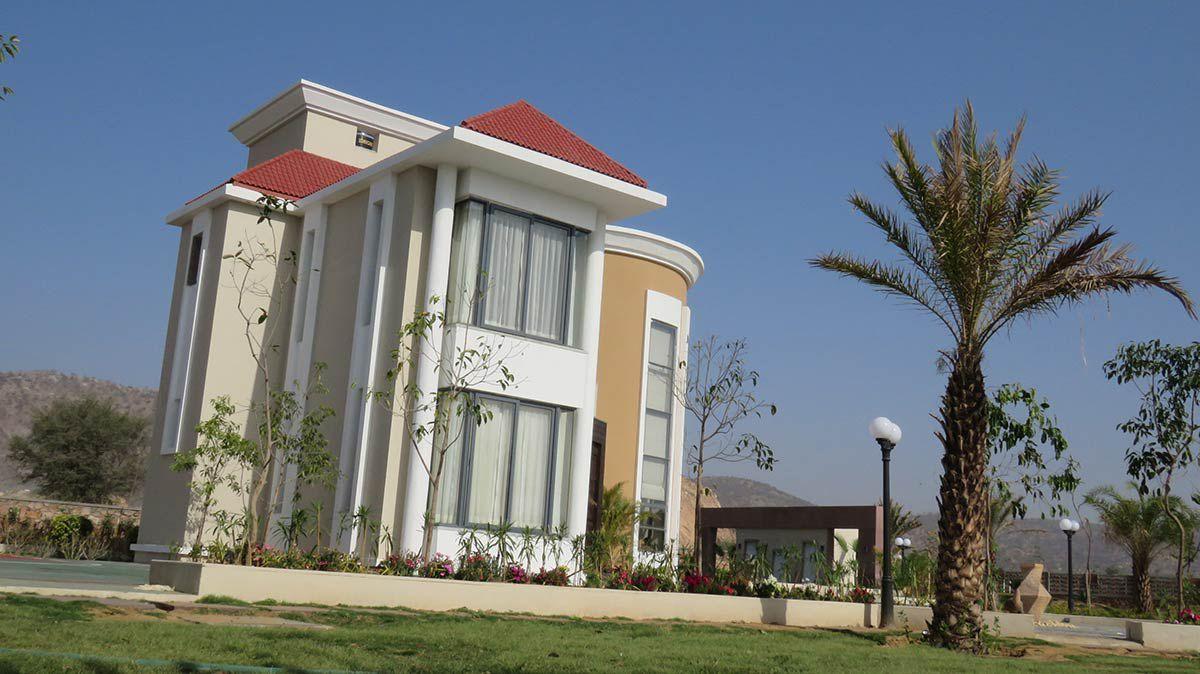 Luxury Farmhouses in Jaipur