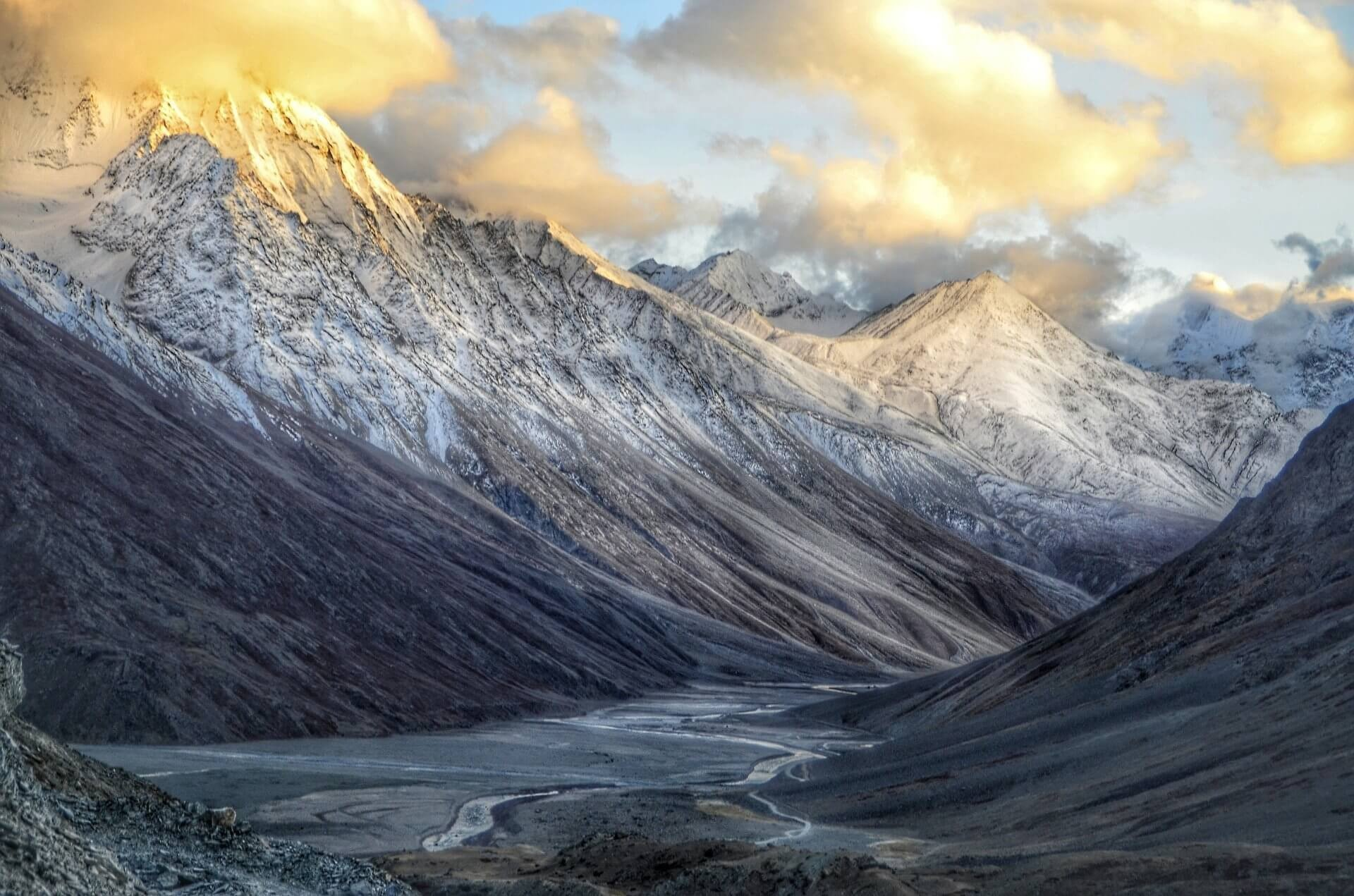 340 Himachal Pradesh Tour Packages, Book @ Upto 50% Off