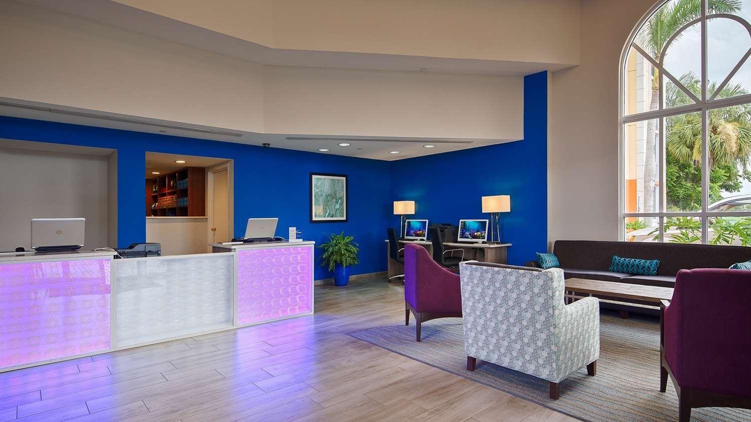 Hotel near Fort Myers Beach FL