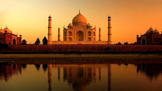 Taj-Mahal, Agra, India