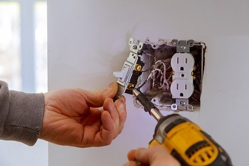 DC Electrical Services - Licensed, Bonded And Insured, Emergency Chicagoland Electrician