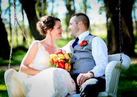 Professional Photographer for Your Wedding Day