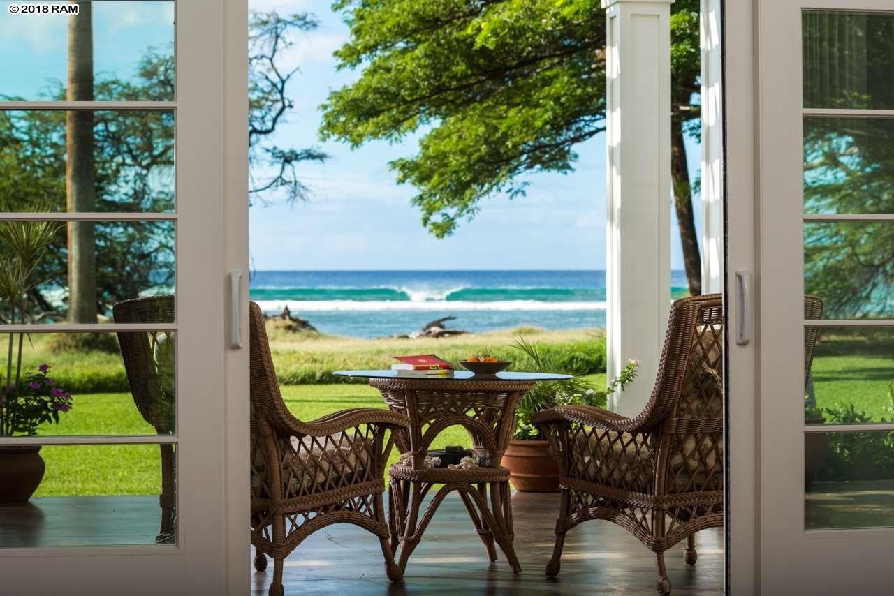 Own Private Mansions In Hawaii With Exotic Hawaiian Ambience
