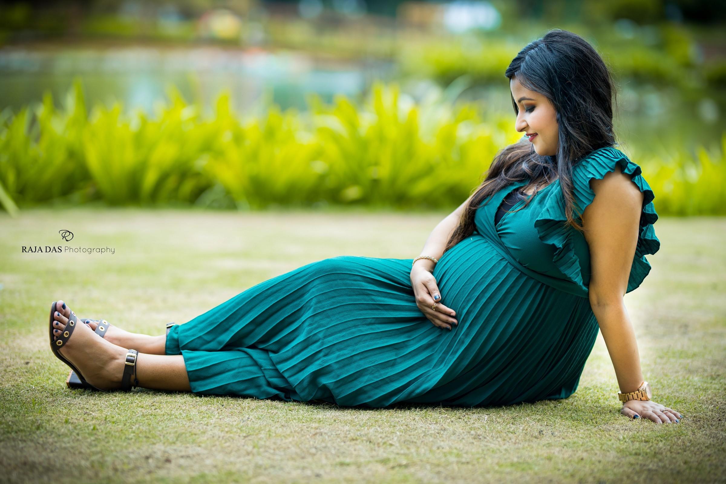 maternity photography in kolkata