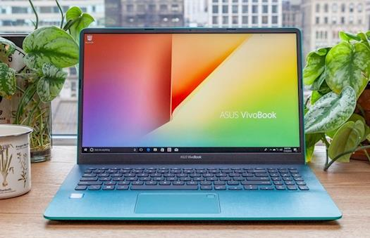 ASUS Presents VivoBook S15 With A Second Screen In The Trackpad