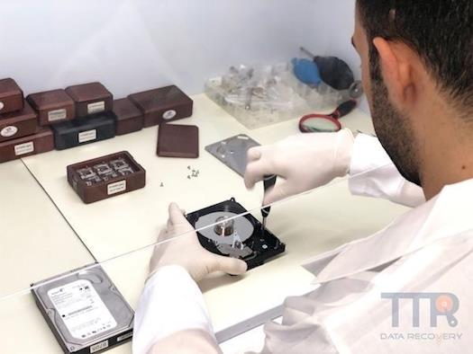 Hard Drive Recovery Service - Data Recovery in Schaumburg