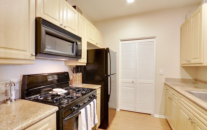 Buy or Rent Condominiums Orange County   Peter Mckernan