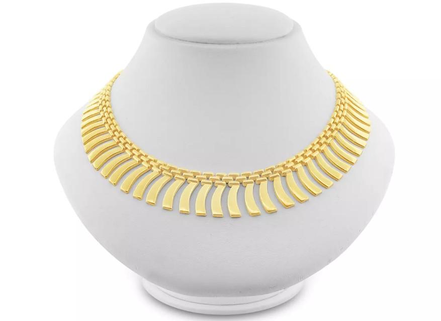 Diamond necklaces in Calgary
