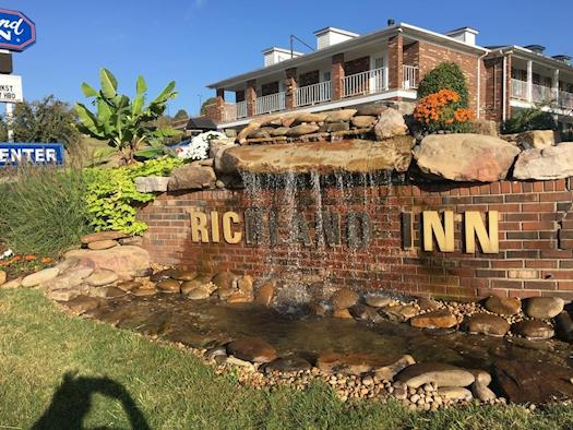Richland Inn Hotel in Pulaski, Tennessee