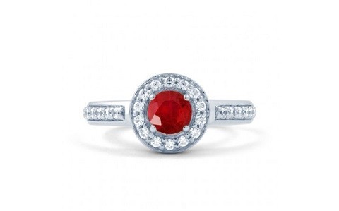 Start your love story with luxury designer engagement rings