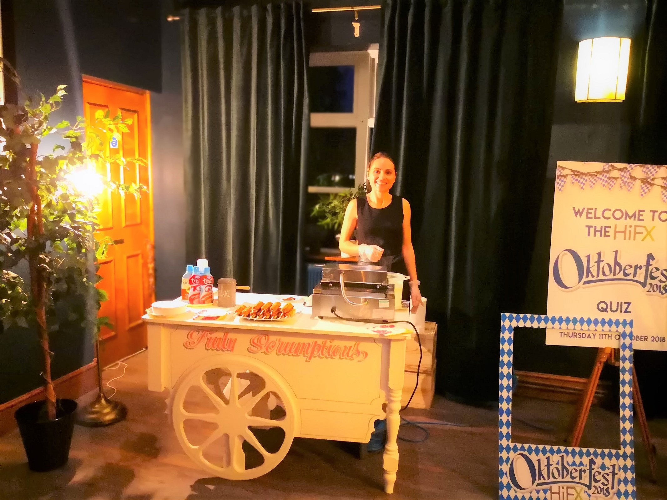 Waffle cart hire - Aylin Sweets London  02080880700