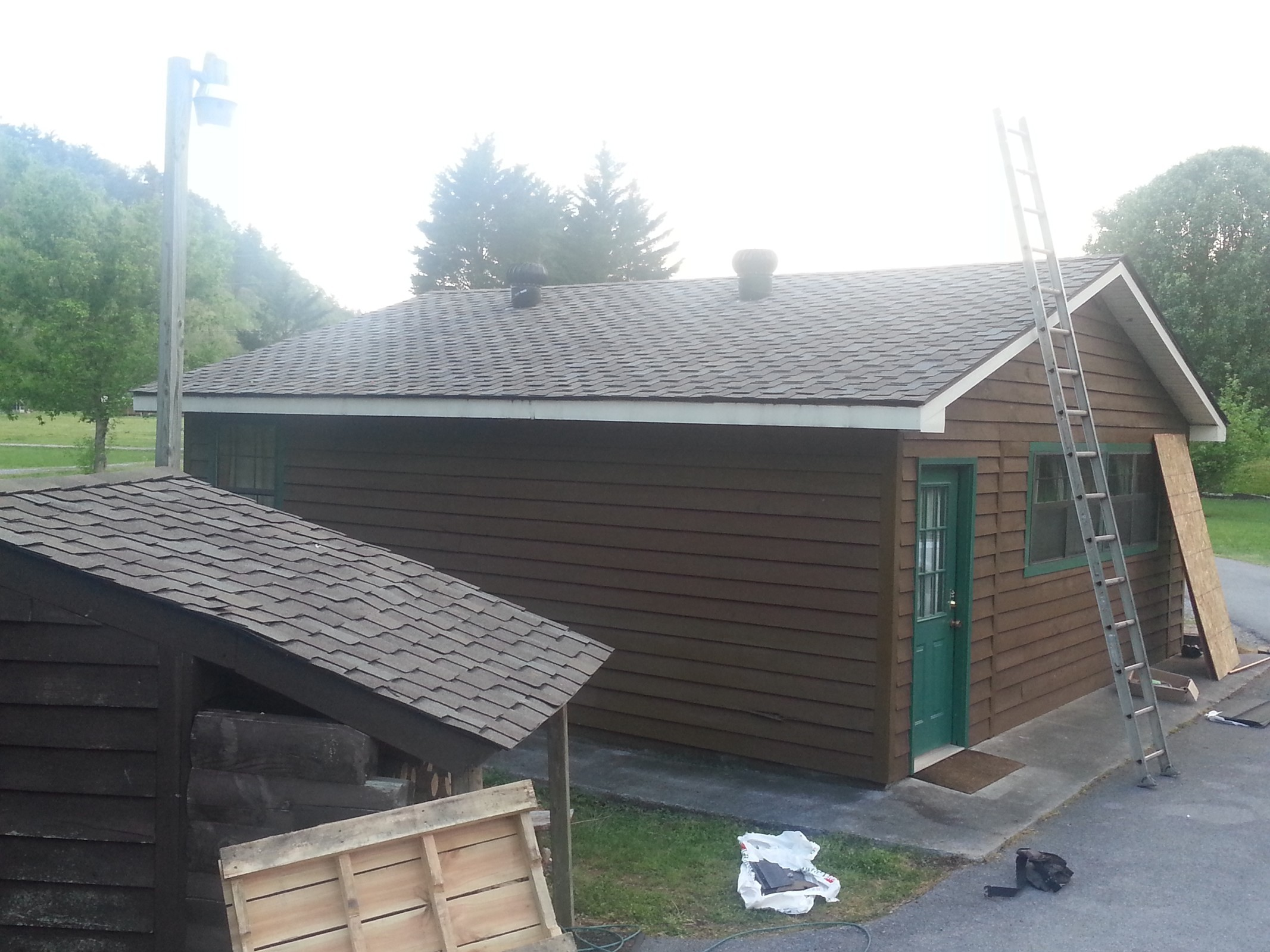 Residential roofing Knoxville TN - Burell Built Exteriors & Roofing Company, LLC
