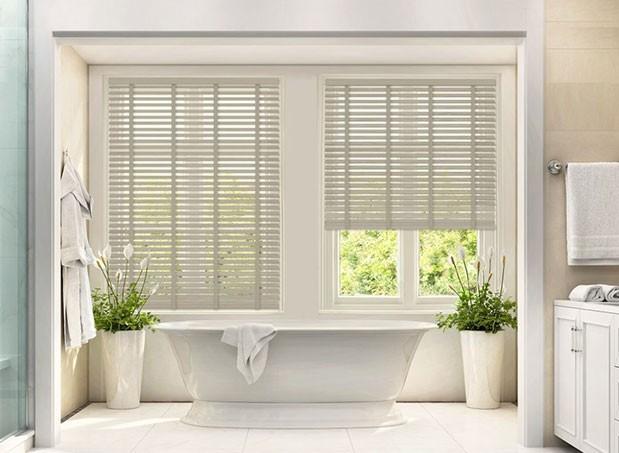 Buy Bathroom Blinds at best price in UK - Blindsboutique