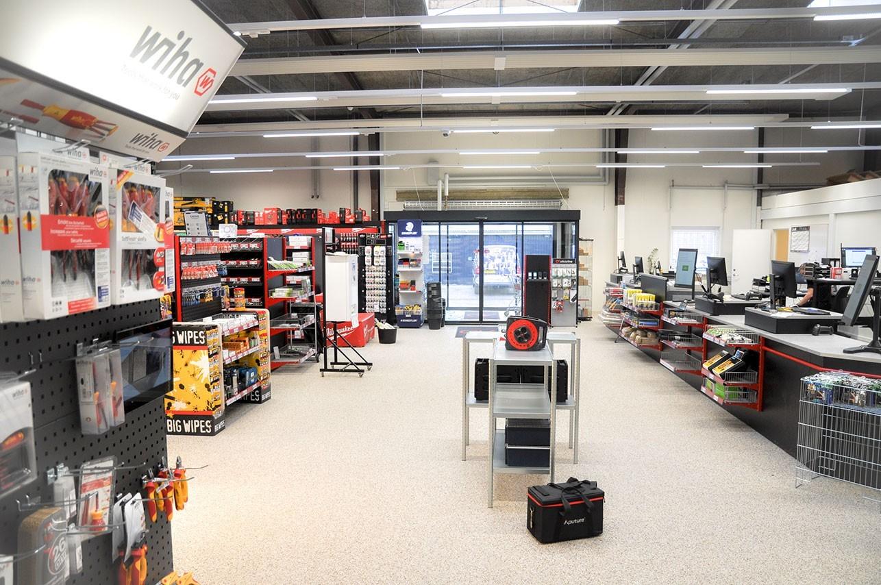 Top Shelving and Shopfitting Expert in Europe