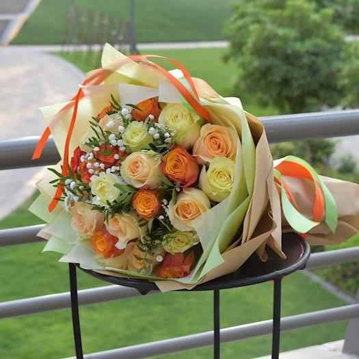 Flower Bouquet of Mixed Roses