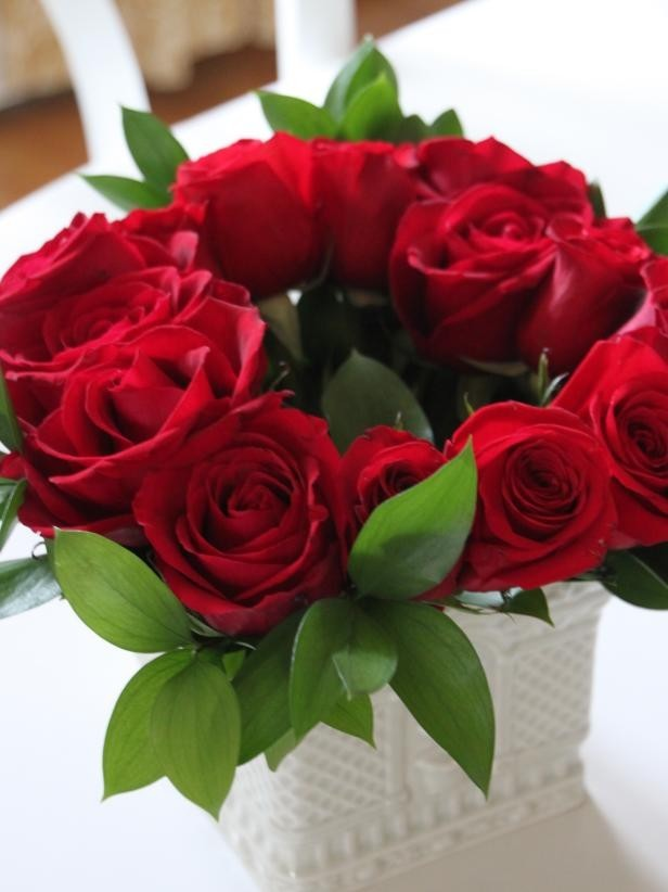 Celebrate Happiness with Flower Delivery in Mumbai