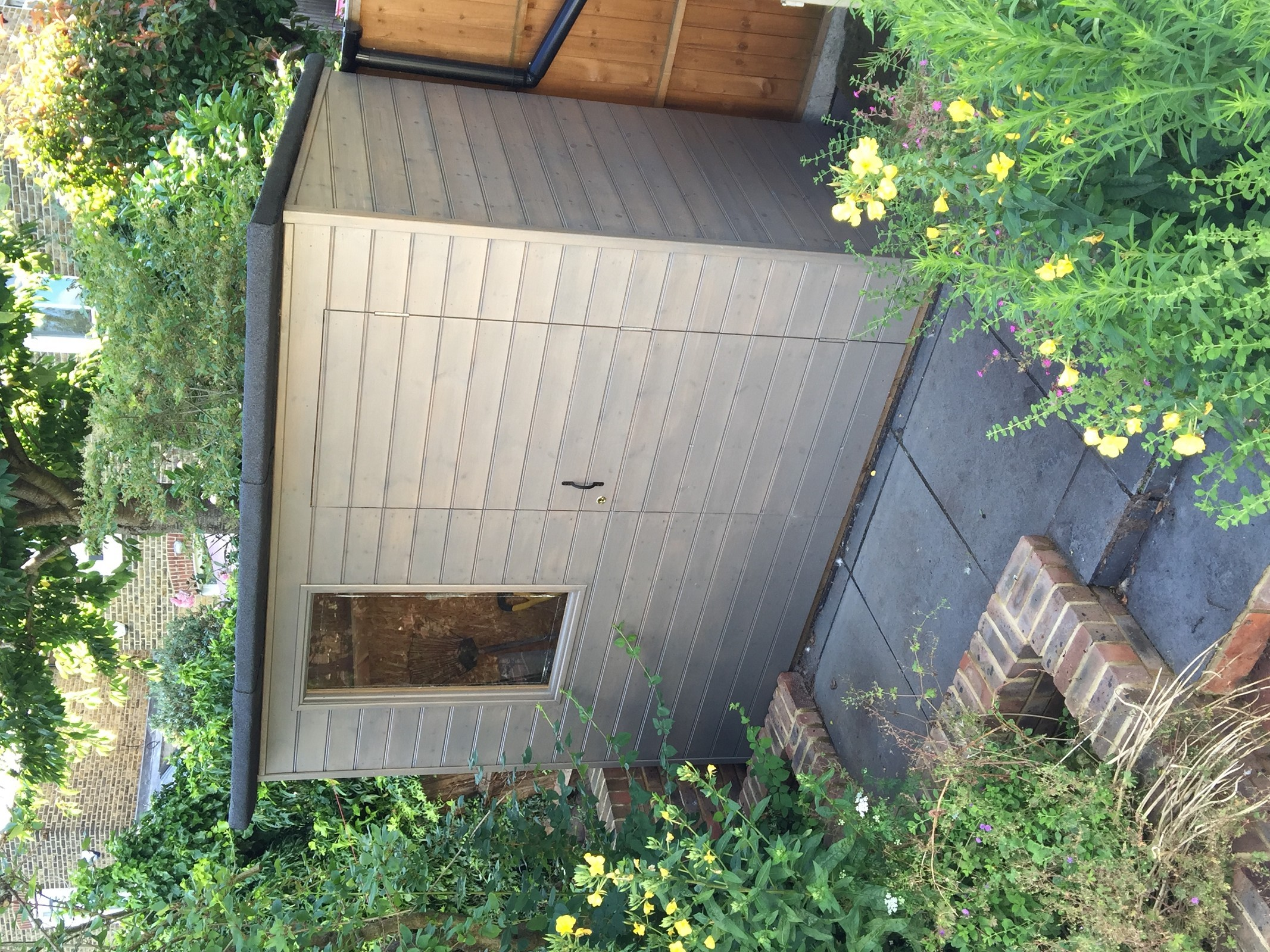 Custom-built garden shed in Herne Hill, London SE24