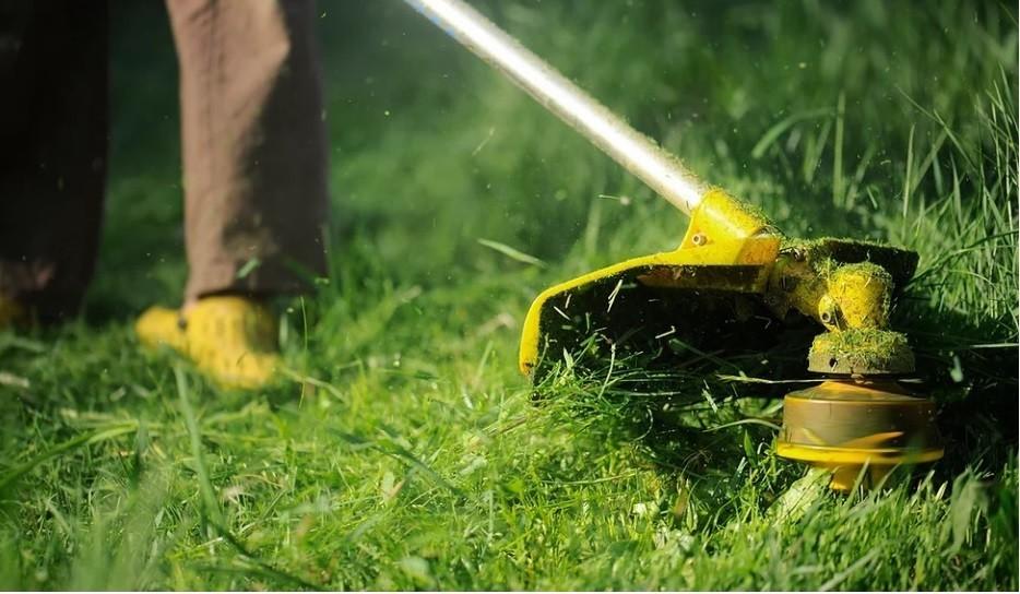 Lawn Trimming| Lawn Care Service Near Marietta, GA