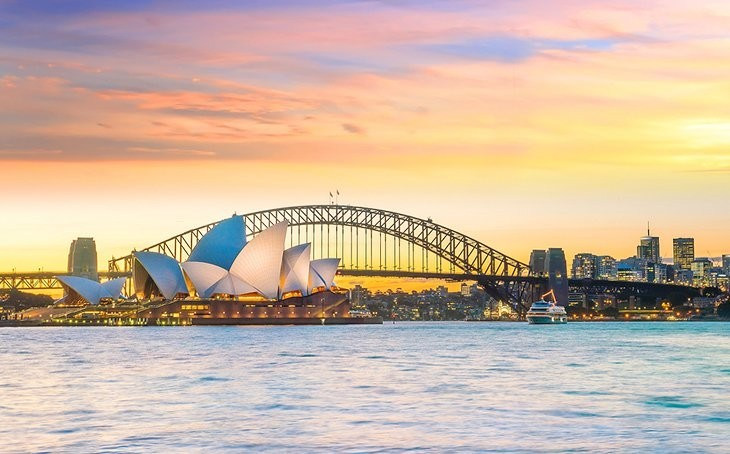 How can I find the best Australia tour packages?
