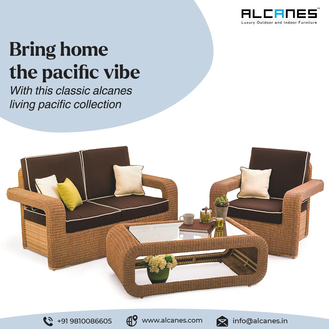 With this classic alcanes living Sofa Set collection bring home positive vibes