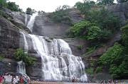 Beautiful facts and attractions in Kutralam falls