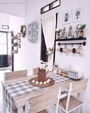 Tips for Choosing a Dining Table for a Tiny House