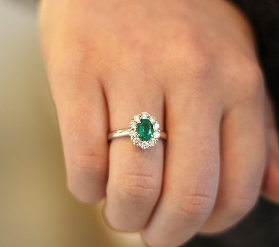 CAMPBELL OVAL EMERALD & DIAMOND CLUSTER RING 1.53CT