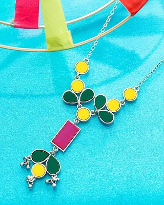 Exquisite Necklace from Flying Colors